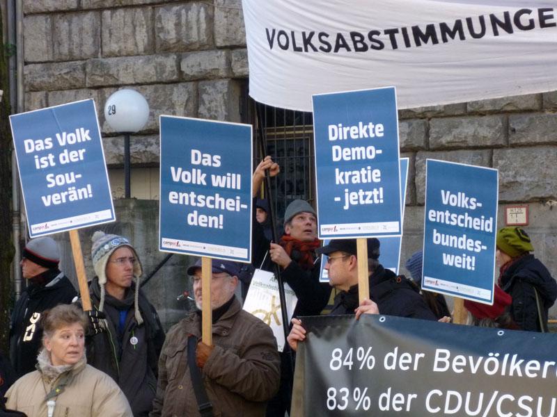 Volksentscheid_Demo_SPD_Zentrale