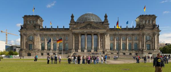 Der Reichstag - hier tagt auch der Petitionsuasschuss. (c) Mihael Grimek / Wikimedia Commons.