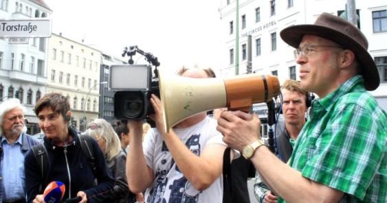 Petition verbreiten: online und offline